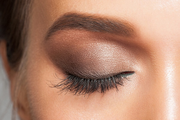 5. Use the right eyeliner the right way