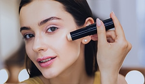 5 useful concealer hacks to keep your beauty game strong