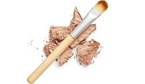 4 ways to use compact powder like a pro