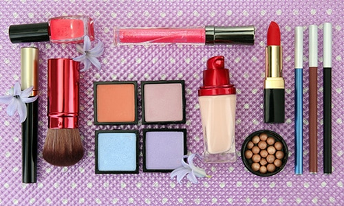 when to throw your makeup out 500x300