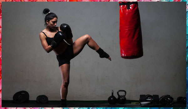 WHY KICKBOXING IS THE WORKOUT YOUR BODY NEEDS